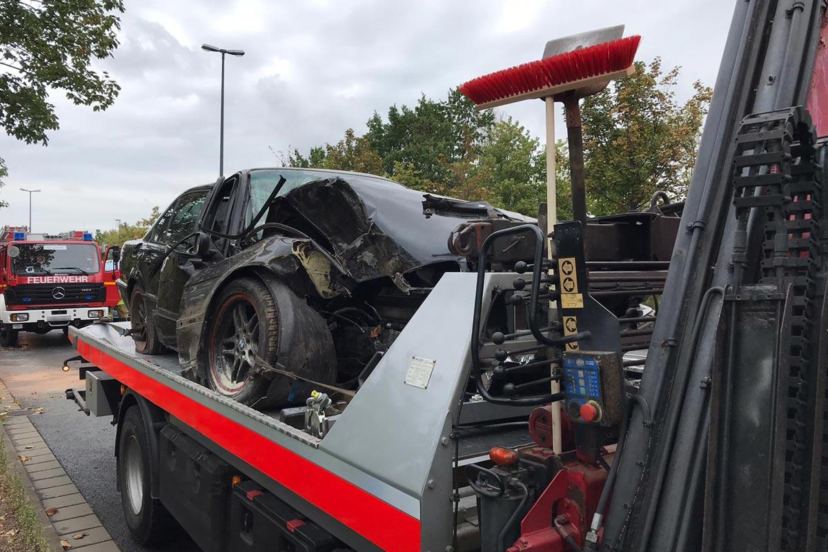 Abschleppen eines Unfallwagens